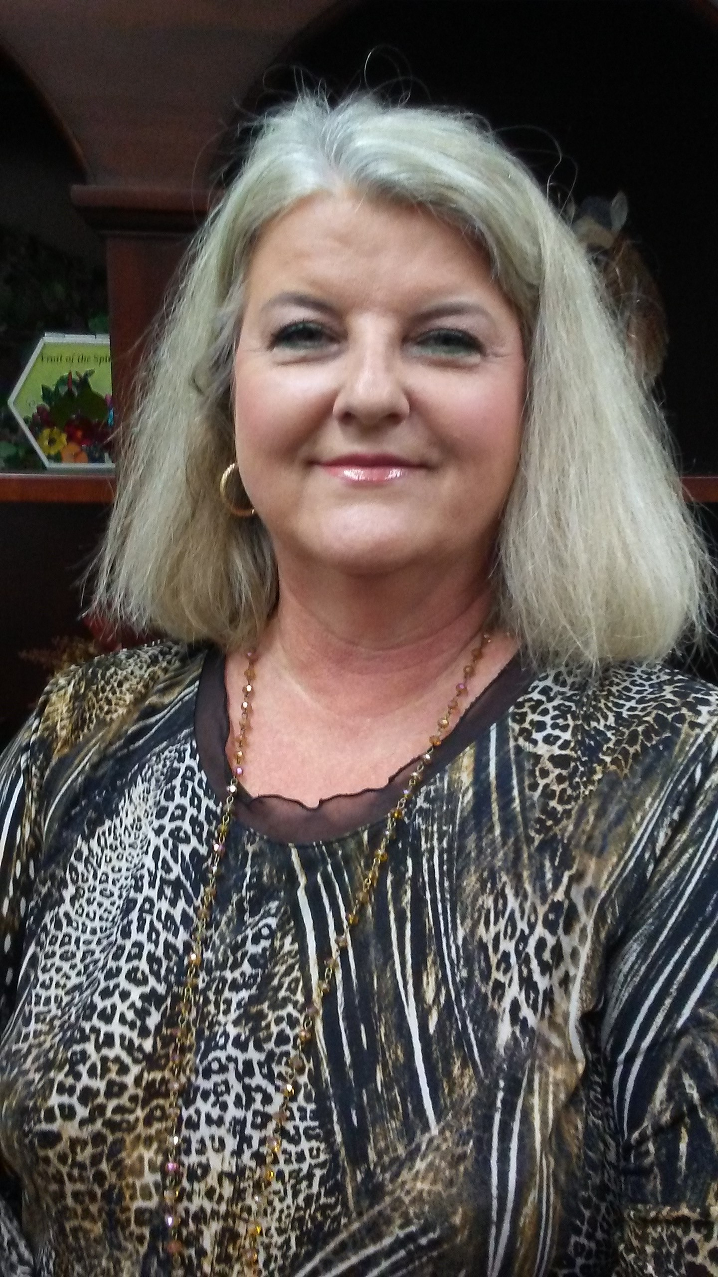 Valarie  Maxwell
