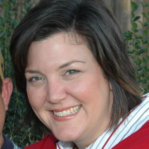 Debra  Wynne